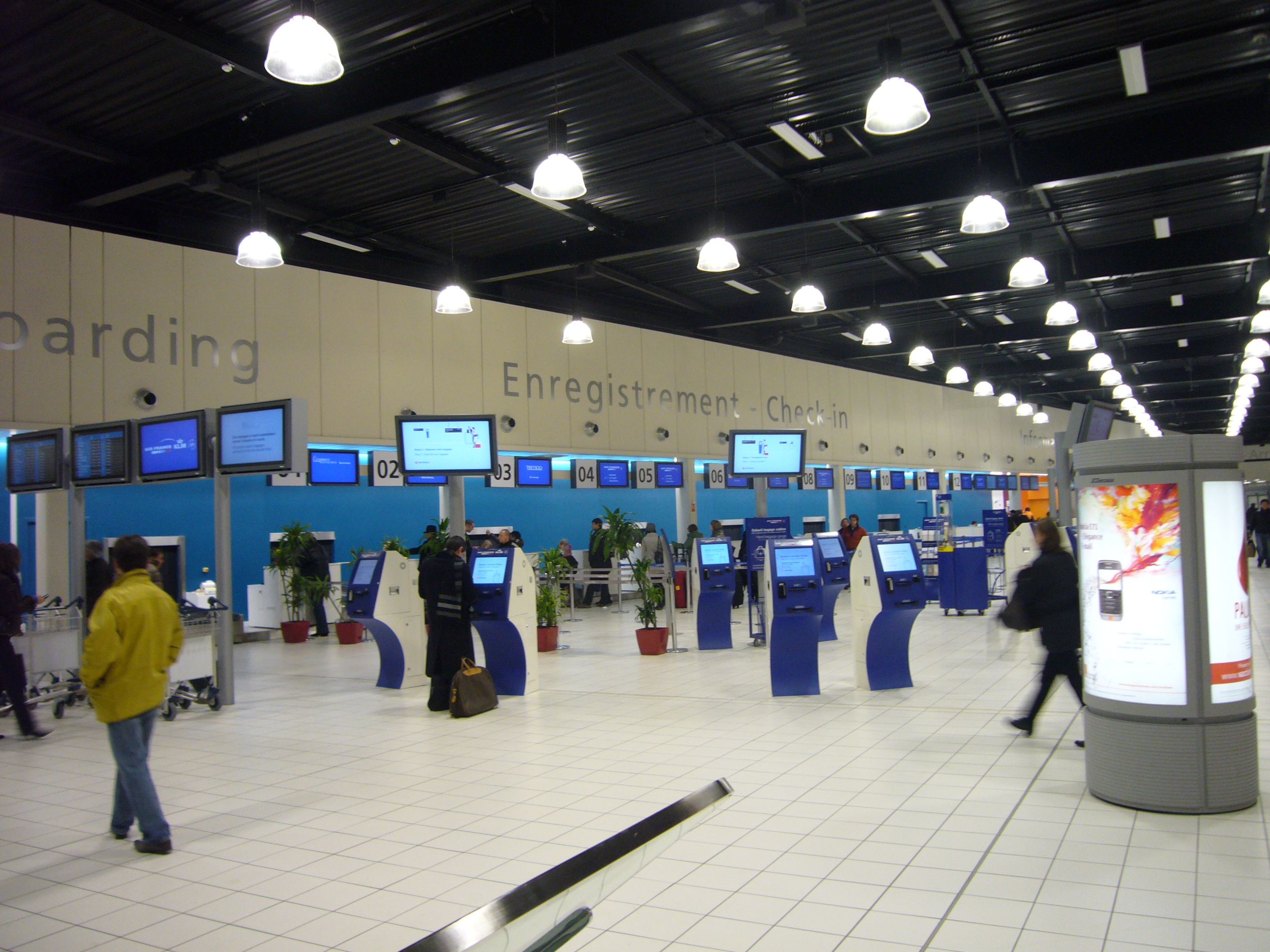 Airlines Charles De Gaulle Airport